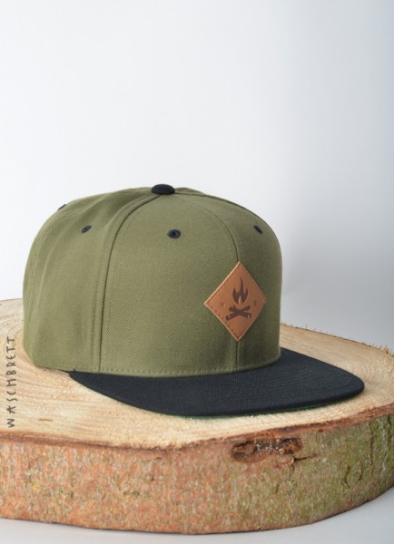 Fire Icon Diamond Snapback Cap Olive/Black