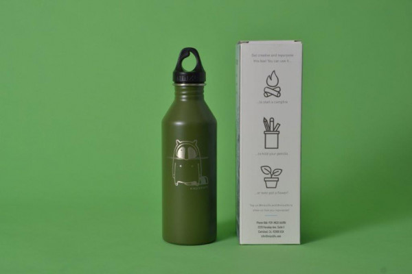 Mizu X Waschbrett Logo M8 Flasche Olive