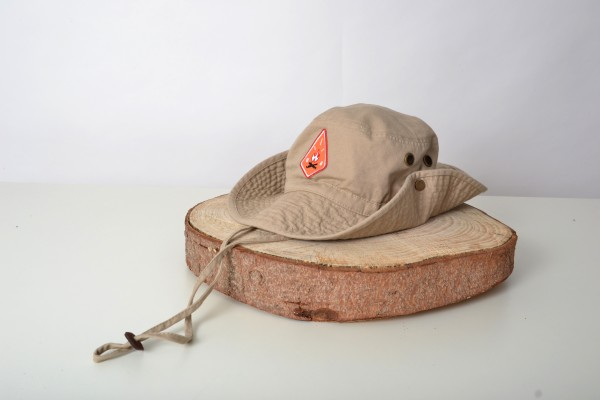 Feuerstelle Outback Hat Beige /Red